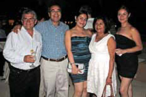 Jaime Verver (Envatec), Juan Nolasco (Propysol) con su familia Tonalli, Margarita e Ideny